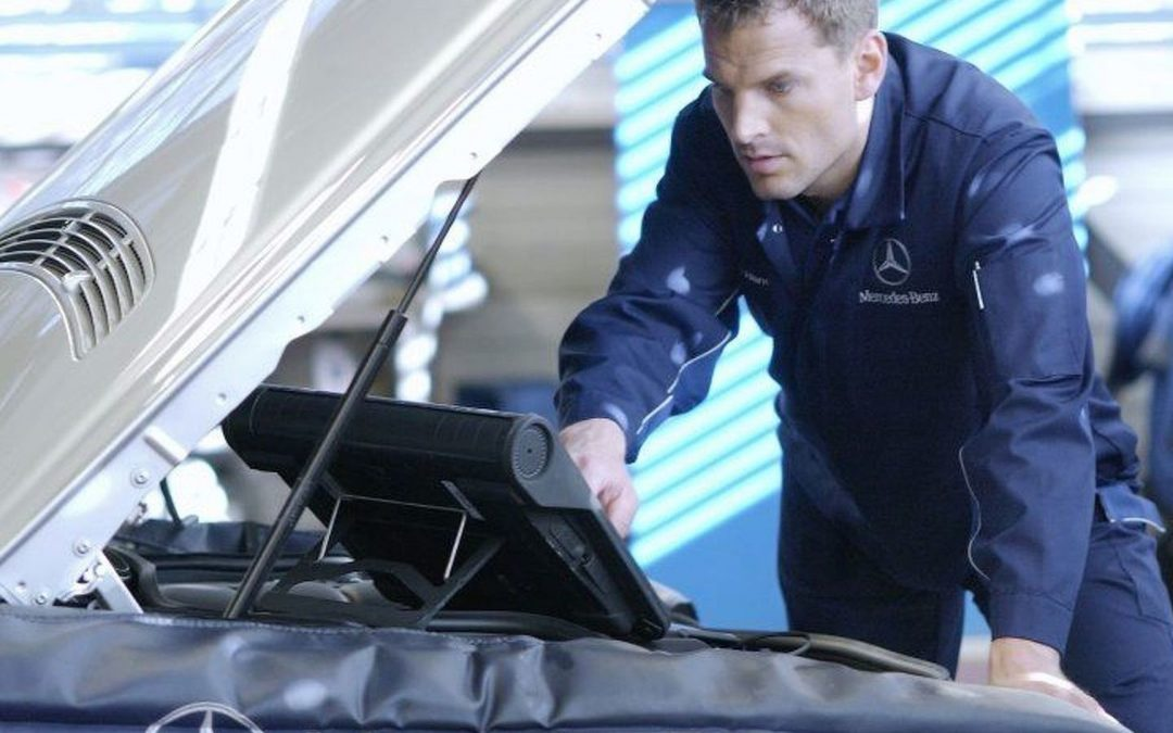 Why Should You Hire a Mercedes Specialist in Ashfield?